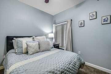 Middle queen bedroom