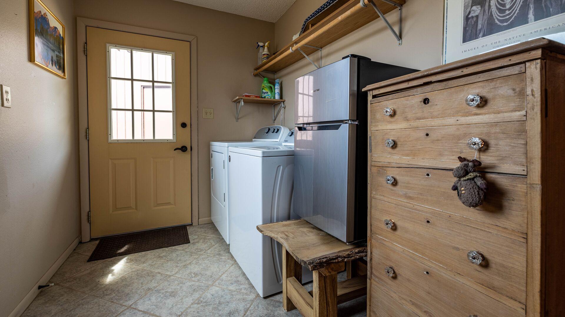 Laundry Room (Upper Level)