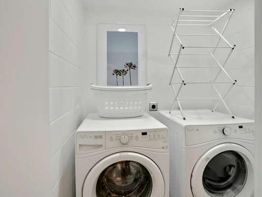 Washer/Dryer - 1st Floor