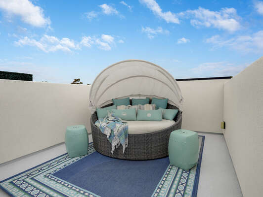 Canopy Daybed on Roof Deck