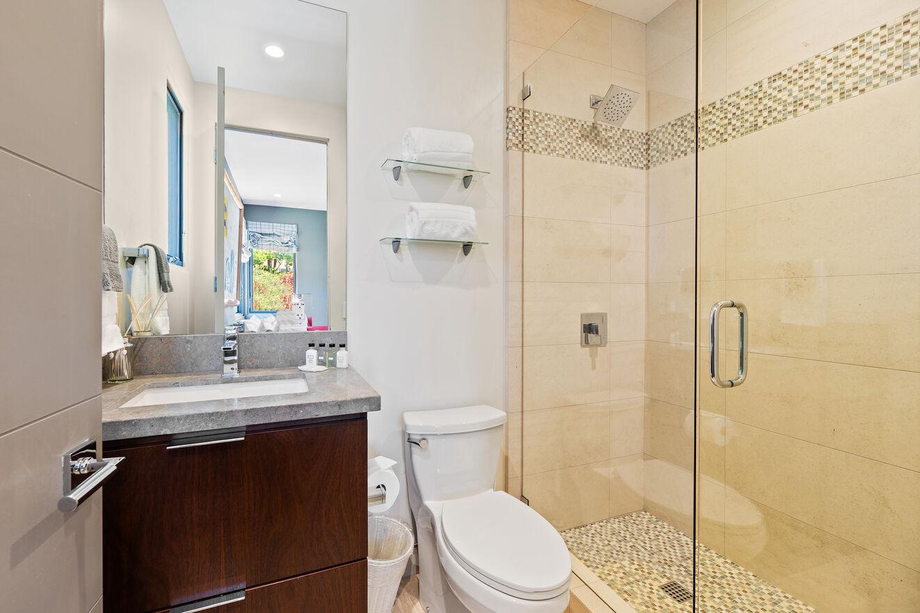 Bathroom ensuite to Bedroom #4