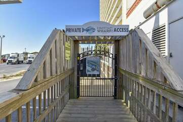Private beach access right across the street. next door to Pineapple Willys