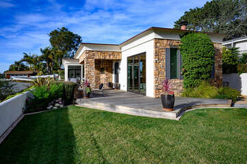Beautiful home on the hills of Del Mar!