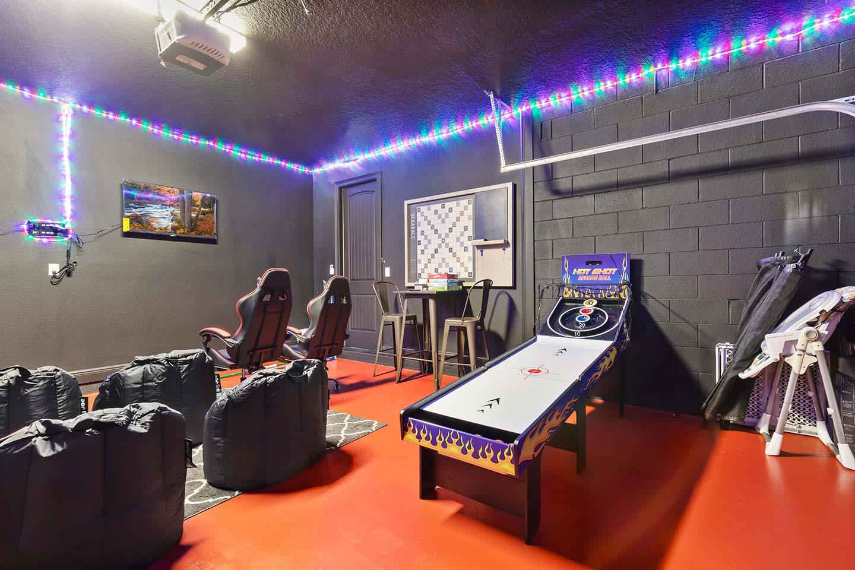 [amenities:game-room:1] Game Room