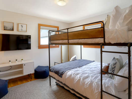 Guest Bedroom - Full/Full Bunk w/ Twin Trundle - 2nd Floor