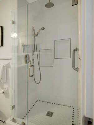 Shared Full Bathroom w/ Shower - 1st Floor