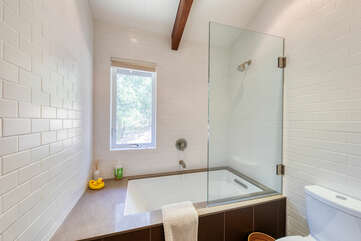 Oversized shower / tub combination in the guest bathroom is the perfect place for a bubble bath