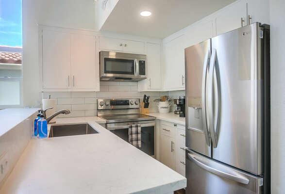 Kitchen w/ New Appliances - 2nd Floor