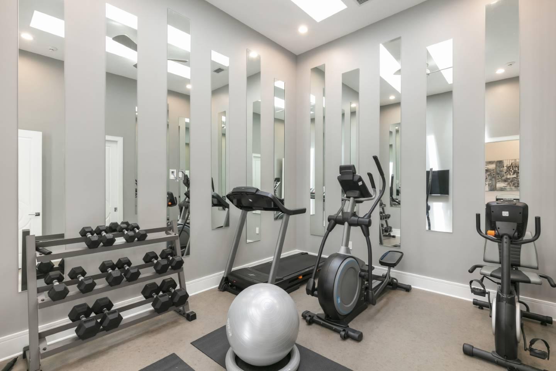 [amenities:home-gym:1] Home Gym