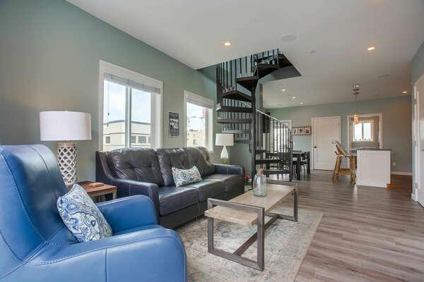 Plush Living Room w/ Sleeper Sofa