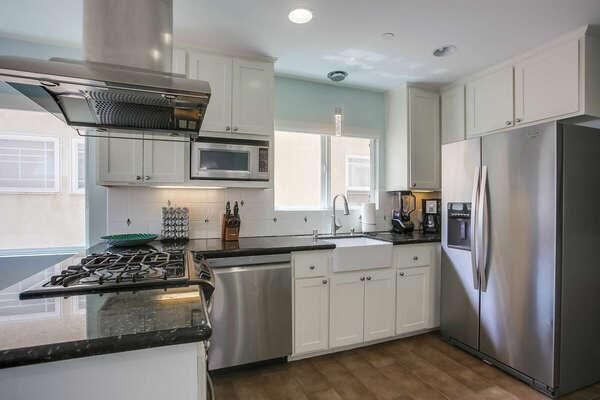 Kitchen w/ Upgraded Appliances - 2nd Floor