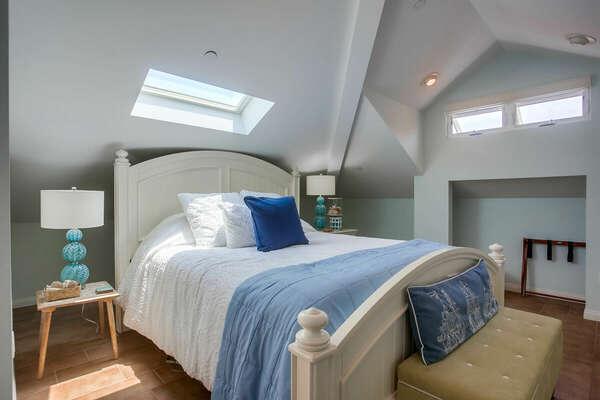 Master Bedroom w/ King Bed, En-Suite Bathroom, & Small Private Deck - 3rd Floor