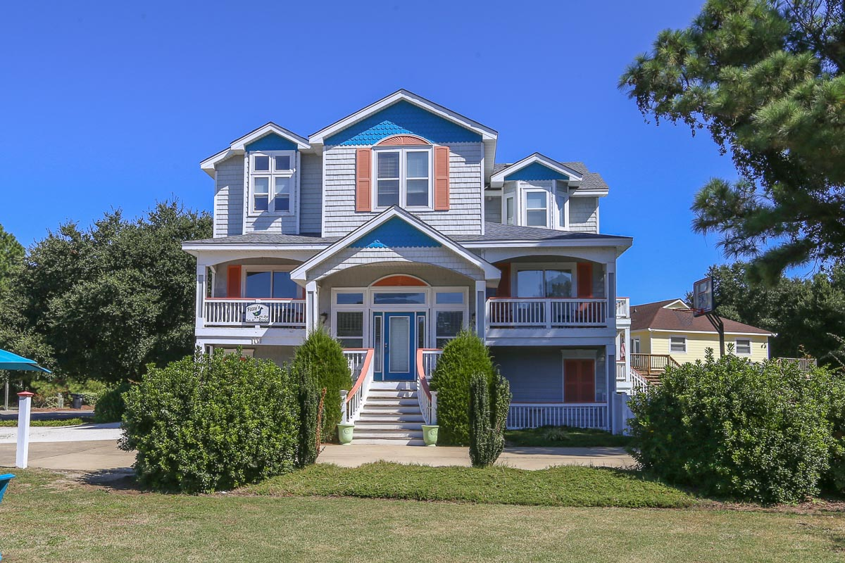 Outer Banks Vacation Rentals - 1351 - FITZYS ON THE BANKS