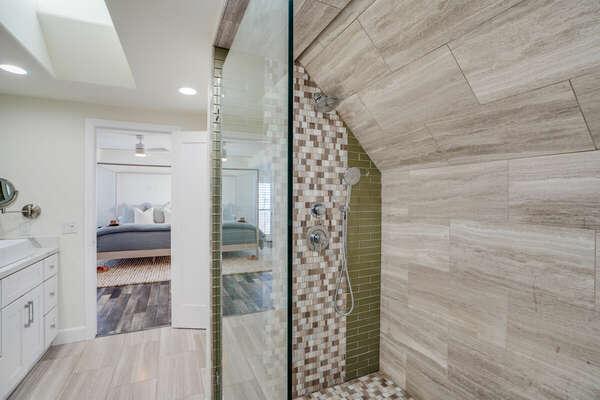 Master En-Suite Bathroom w/ Shower - 2nd Level (3rd Floor)