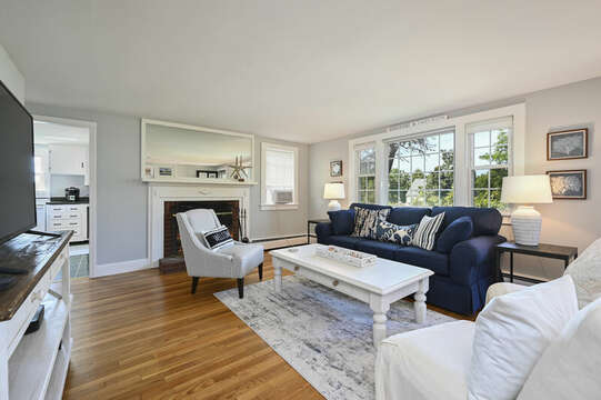 Living room with ample seating - 113 South Street Harwich Port - Cape Cod - New England Vacation Rentals
