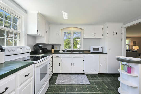 Kitchen with stove, dishwasher, microwave - 113 South Street Harwich Port - Cape Cod - New England Vacation Rentals