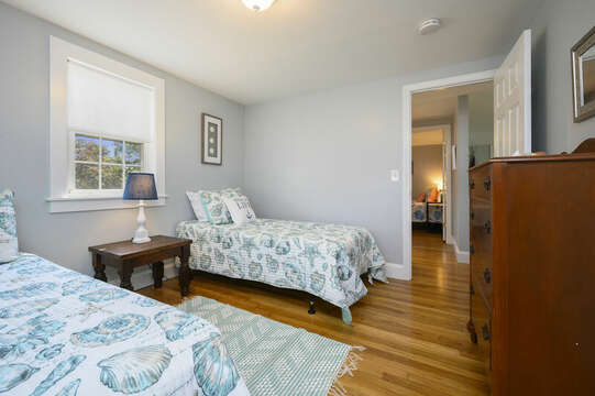 Bedroom #2 with 2 twin beds - 113 South Street Harwich Port - Cape Cod - New England Vacation Rentals