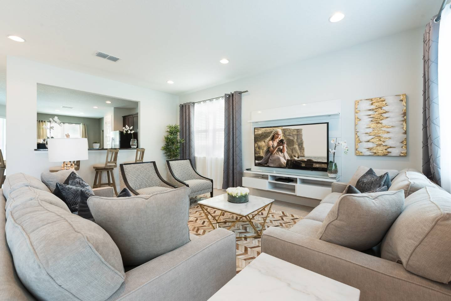 [amenities:living-area:3] Living Area