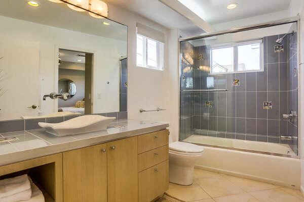 Guest Bedroom En-Suite Bathroom - 2nd Floor