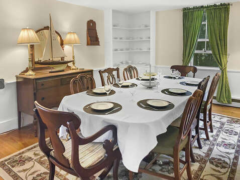 Family dining seats 8 - 98 West Road Orleans Cape Cod New England Vacation Rentals