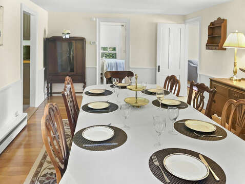 Family dining with an old world flare - 98 West Road Orleans Cape Cod New England Vacation Rentals