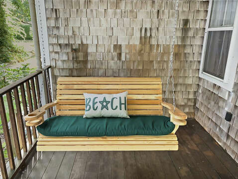 Swing your cares away - 98 West Road Orleans Cape Cod New England Vacation Rentals