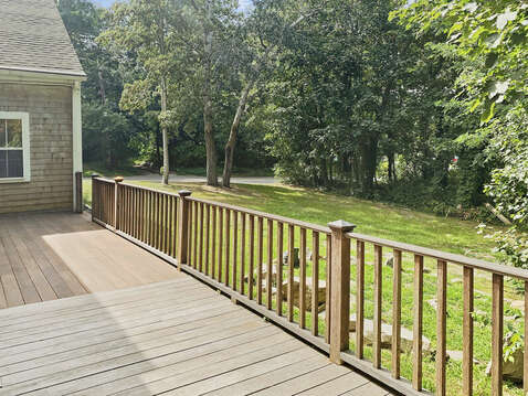 Great yard space for lawn games like cornhole or Frisbee - 98 West Road Orleans Cape Cod New England Vacation Rentals