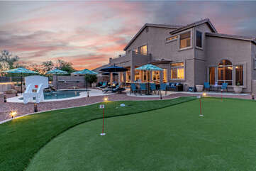 Warm up your shots on our newly added putting green before heading to a nearby golf course.
