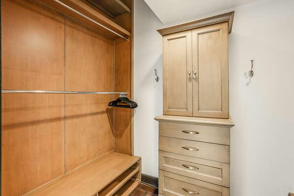 Master En-Suite Walk-In Closet - 2nd Floor