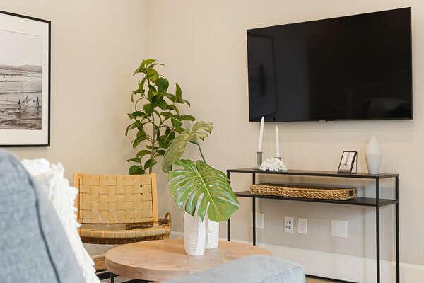 Living Room w/ Sleeper Sofa & Deck - 2nd Floor