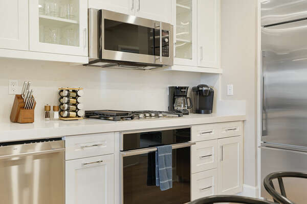 Fully Equipped Kitchen - 2nd Floor