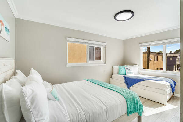 Guest Bedroom - Queen Bed & Twin Bed w/ Twin Trundle
