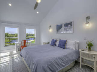 A king size bed is in the master en-suite along with a desk.